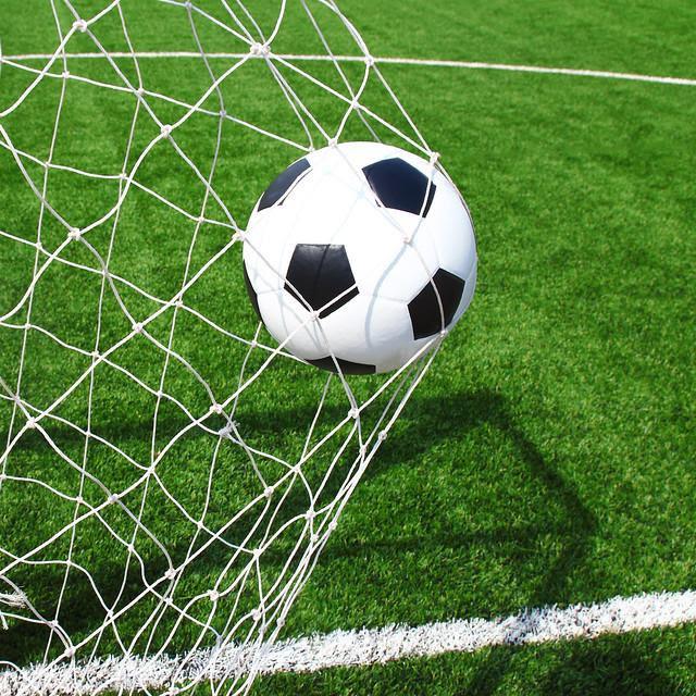 Bí quyết để chơi bóng đá trả sau